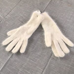 Off white gloves new with tag